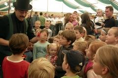 Kinderbelustigung-im-Zelt-2006
