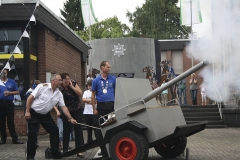 Koenig-mit-Artillerie-2013