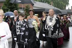 Koenigspaar-mit-Prinz-2013